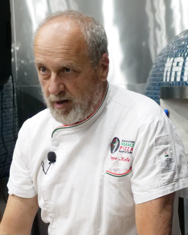 Italian Master Pizzaiolo Peppe Miele President of VPN Americas